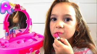 Video Funny Videos with Toys from Anna MP3, 3GP, MP4, WEBM, AVI, FLV Oktober 2018