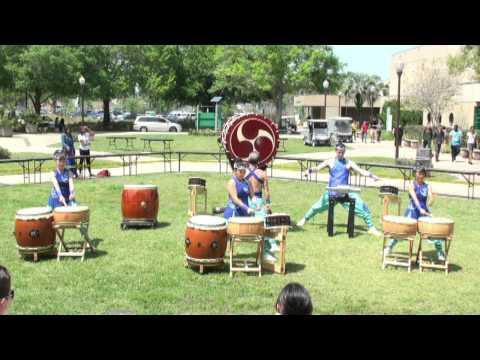 Valencia College Asian Festival 2013 – Matsuriza Taiko Drumming – ODaiko Solo & Mutsumi w/Hayagake