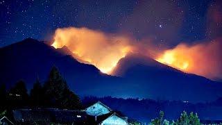 Video Terpercahkan, Misteri Gunung Lawu dan Tanda Aneh Alam Semesta MP3, 3GP, MP4, WEBM, AVI, FLV April 2019