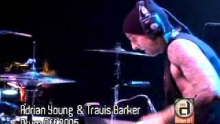 Travis Barker    Soulja Boy  Crank That ( Punk-hiphop )