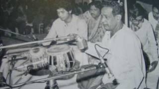 Download Lagu Pandit  Bhimsen Joshi - Live Audio - Raga Basant - Bandish In Teental - Fagawa Brij Dekhan Ko Mp3