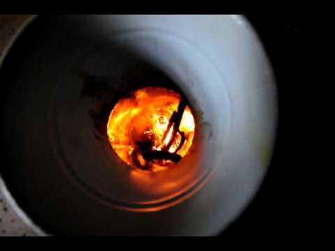 ポケットロケット式石窯 燃焼2