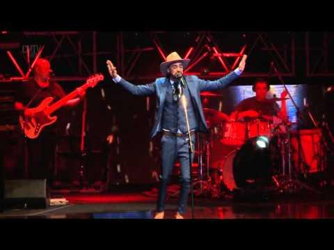 Abel Pintos video Peregrinos - Teatro Opera 2015