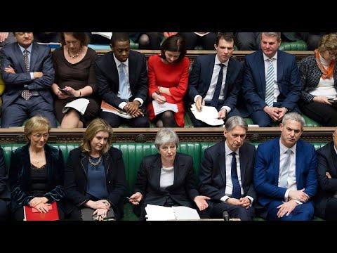 Großbritannien: May beantragt Brexit- Aufschub bis En ...