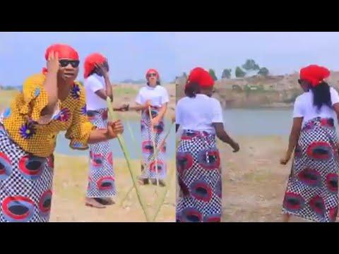 Sabuwar Wakar Matan Kwankwasiyya Wacce Taja Magana - Mu Makafi Ne (Original Video) By Aminu Dumblin
