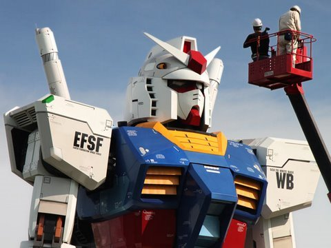 Gundam   59 Foot Tall Life Size Version Comes Alive