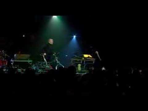 Tekst piosenki Peter Gabriel - Solsbury Hill po polsku