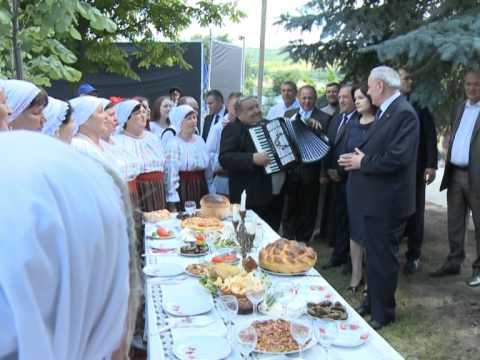 Președintele Nicolae Timofti a participat la festivitățile dedicate Hramului satului Ciobalaccia, Cantemir