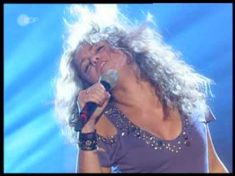 Shakira - Don't bother - Live at Wetten Dass (11-05-05)