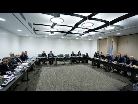 Η βία στη Χομς απειλεί τις ειρηνευτικές συνομιλίες της Γενεύης