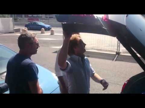Matri sbarca nella Capitale - L'arrivo del nuovo centravanti biancoceleste a Fiumicino