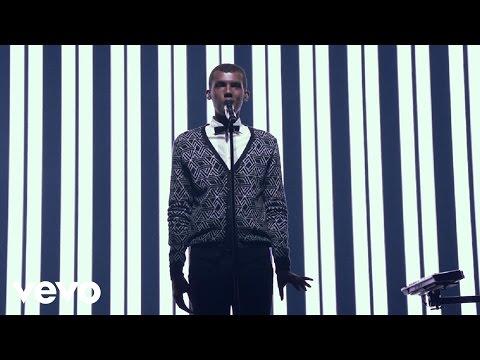 Stromae - Racine Carrée Live (Full Concert) (видео)