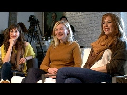 Lizzy Caplan - Lizzy Caplan, Kirsten Dunst & Isla Fisher spoke to Peter Travers at Sundance 2012 about new film. For more, click here: http://abcnews.go.com/entertainment.