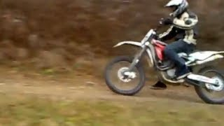 8. HUSQVARNA TC 450 2009 driving NO MUSIC only full throttle engine sound