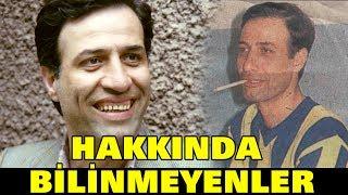 """Kemal Sunal'ın Bilinmeyen Fotoğrafları ve Bilinmeyen YönleriMustafa Kemal Atatürk'ün vefat ettiği günde sevinemem"""" diyerek 10 Kasım'da olan yaş gününü 11 Kasım'da kutlayan Kemal Sunal, vefatının 17. yıl dönümünde anılıyor. İşte Türk sinemasının gülen yüzü, Türkiye'yi güldüren adam Kemal Sunal'ın hayatı, filmleri ve hakkında bilinmeyenler...."""