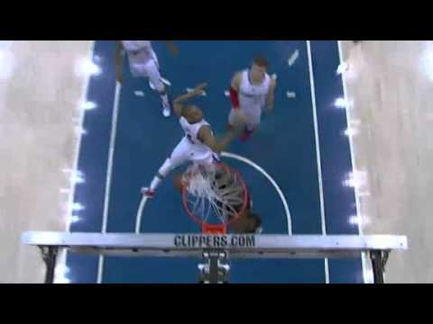 JJ Hickson posterizes the Clippers
