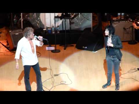center - Summertime Blues, Roger Daltrey & Joan Jett, Kimmel Center, Philadelphia, PA; July 28th, 2014; Teen Cancer America Benefit Concert for The Children's Hospital of Philadelphia; Eddie Cochrane...