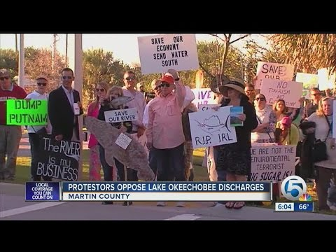 Lake O Discharge Protest Held Outside, While State Ag Commissioner Spoke Inside