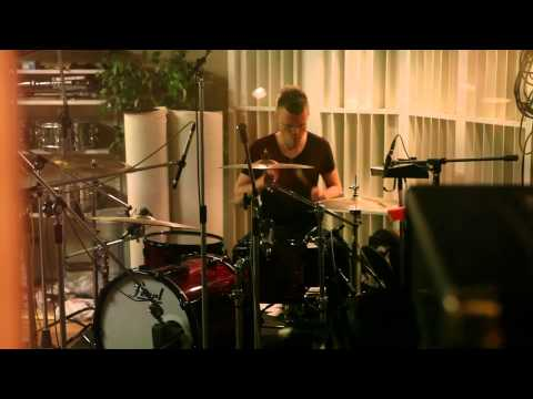 Tekst piosenki The Rasmus - Somewhere po polsku