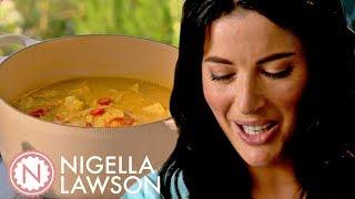 Video Nigella's Turmeric Fish Curry   Forever Summer With Nigella MP3, 3GP, MP4, WEBM, AVI, FLV Agustus 2019