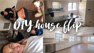 1 Month House Flip (DIY)
