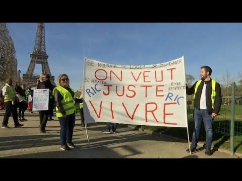 Frankreich: Gelbwesten feiern mit Sonderprotest am So ...