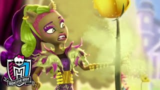 Freaky Fusion    Official Trailer   Monster High