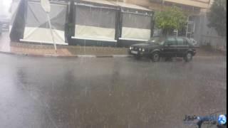 فيديو: أمطار عاصفية قوية تتهاطل على مدينة أكادير