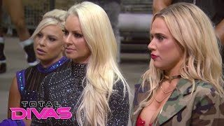Nonton Lana gets an unwelcome surprise during the WWE Brand Extension Draft: Total Divas, April 5, 2017 Film Subtitle Indonesia Streaming Movie Download