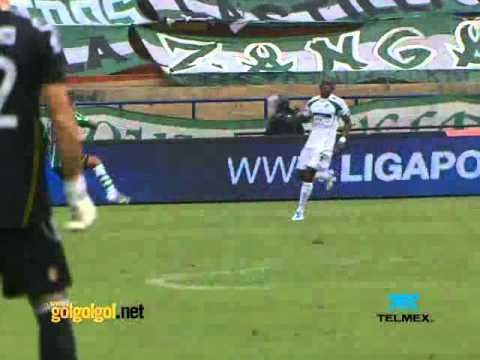 Gol de Román Torres