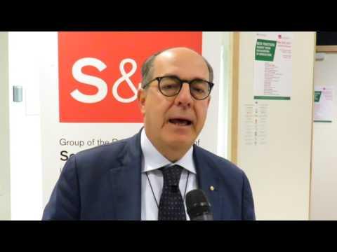 Onorevole Paolo De Castro nell'evento di presentazione di Be Aware