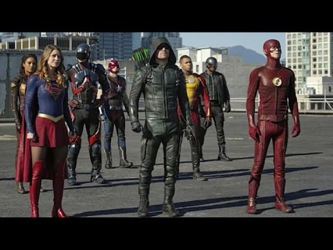 "The Flash Season 3 Ep.8 ""Invasion""  REVIEW-Heroes V Aliens"