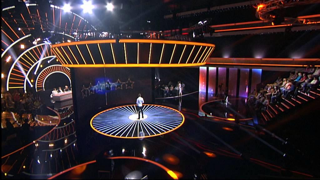 Nikola Todorovic – Da me nije – Zvezde granda 2014-2015 – emisija 16 (03. 01. – muška grupa)