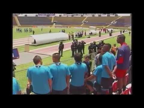 crisis - Deportivo Quito. La verdad! Ecuatorianos en el Ring presenta un pequeño avance de su documental #LárgateChiriboga. Esta vez, nos adentramos en el corazón de la crisis del Deportivo Quito....