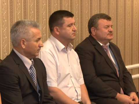 Moldovan president appoints six judges
