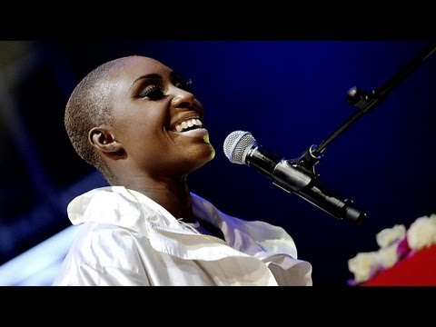Laura Mvula – Green Garden at Radio 1′s Big Weekend