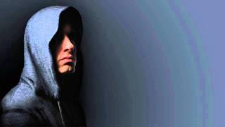 Eminem - Celebrity (Ft. Lloyd Banks & Akon) (2010) (HQ)