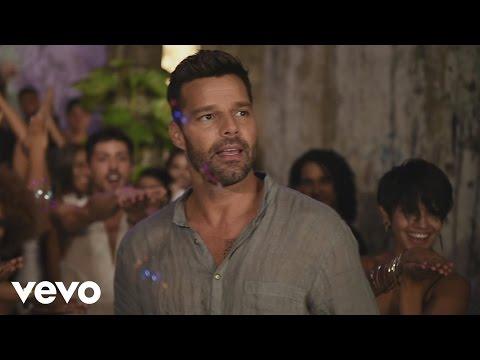 Ricky Martin - La Mordidita ft. Yotuel (Behind the Scenes)