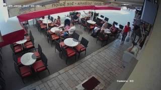 Polak wrzuca robaki aby nie płacić za obiad! Chorwacja!
