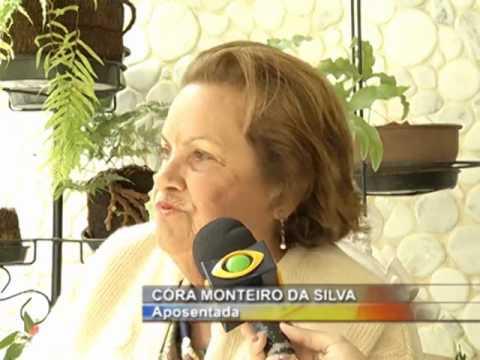 Pinheiral: conheça a história de uma senhora que já plantou 1,5 mil árvores