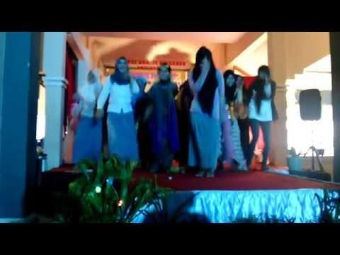Video Siswi SMA Goyang Morena download in MP3, 3GP, MP4, WEBM, AVI, FLV January 2017