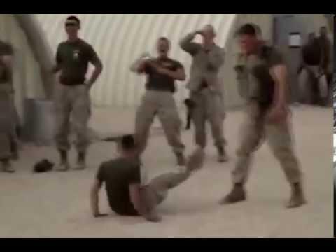 Смешно америкосы армия придурков - DomaVideo.Ru