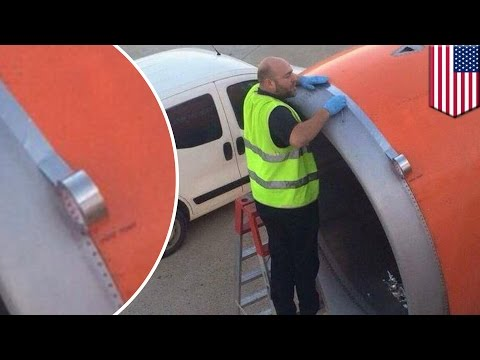 Airplane scare: easyJet tapes up engine moments before takeoff in viral photo – TomoNews