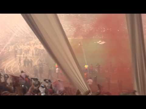 Video - River Plate vs Atletico Nacional final - Salida desde la tribuna - Los Borrachos del Tablón - River Plate - Argentina