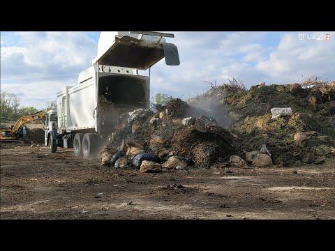 Garbage Truck Yard Waste, 2018 Mceilus ZR Hopper