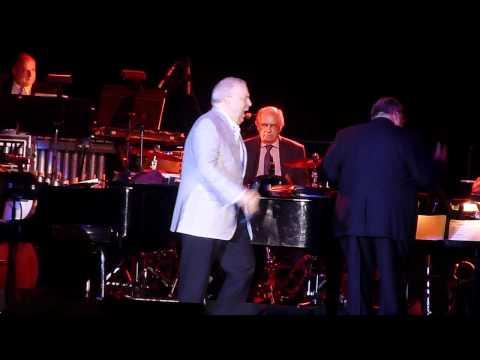Video Frank Sinatra Jr. - New York, New York (Live Concert) download in MP3, 3GP, MP4, WEBM, AVI, FLV January 2017
