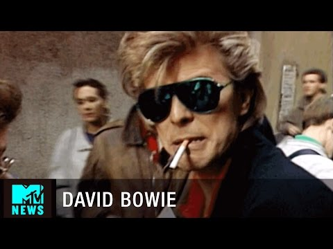 David Bowie & Peter Frampton Search for Beer in Madrid | MTV News:  In this clip from 1987, David Bowie and Peter Frampton go on a search for a beer in Madrid and sign autographs for fans on the way. #MTV #DavidBowieSubscribe to MTV News: http://goo.gl/cXCwIKMore from MTV News: Official MTV News Website: http://www.mtv.com/news/Like MTV News: http://www.facebook.com/mtvnewsFollow MTV News: http://twitter.com/mtvnewsMTV  News Google+: http://goo.gl/uJT2aOMTV News on Tumblr: http://mtvnews.tumblr.com/MTV  News Instagram: http://instagram.com/mtvnews/MTV News on Pinterest: http://www.pinterest.com/mtvnews/#MTVNews is your destination for the hit series Decoded, After Hours w/ Josh Horowitz, The Racket and much more!