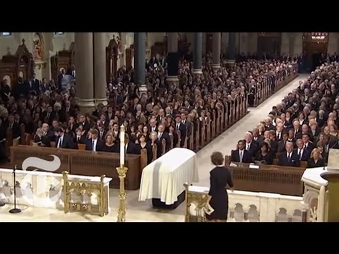 Politics: Senator Kennedy's Funeral Service | The New York Times