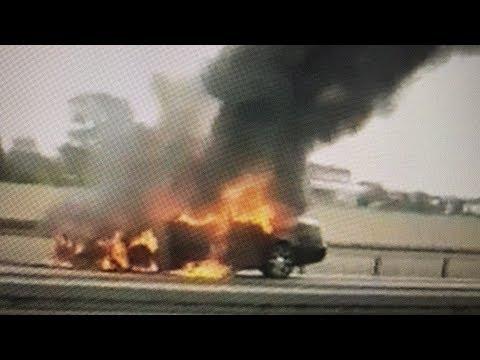 Wideo1: Samochód zapalił się podczas jazdy na S5