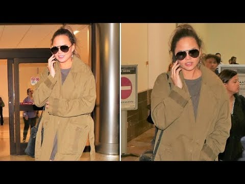 Chrissy Teigen Is Beautiful As Always At LAX After Trip To Minneapolis
